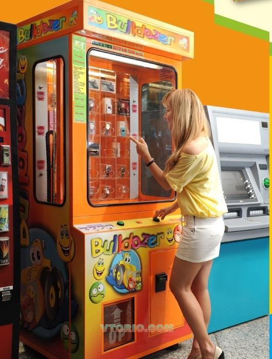 Как выиграть у автомата  со игрушками где